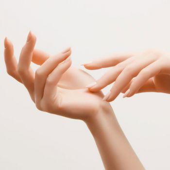 Anti-Aging Hand Treatment