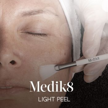 Medik8 Light Peel / Resurfacer